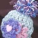 baby-hat-chunky-flowers-crochet