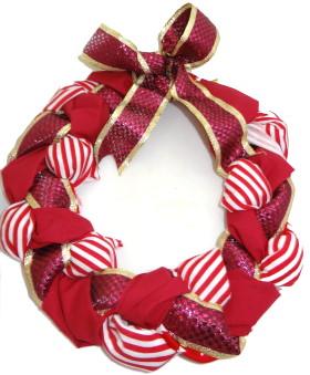 fabric-wire-kids-christmas-wreath