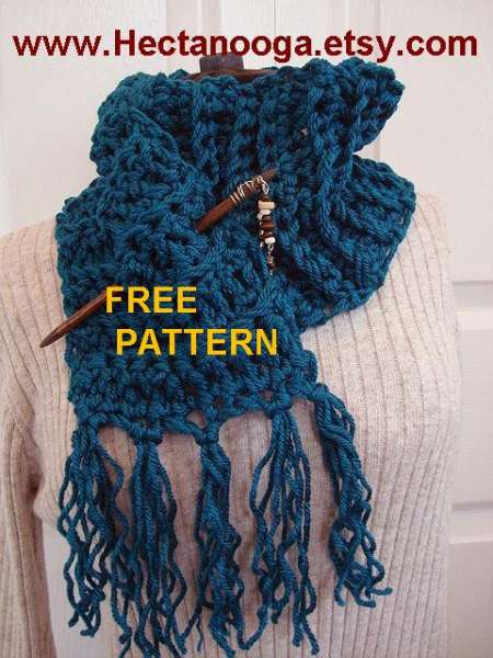 CHUNKY TEAL CROCHET SCARF WITH FRINGE
