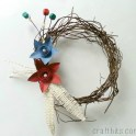 http://i2.wp.com/craftbits.com/wp-content/uploads/2015/05/rustic-wreath-4th-july.jpg?resize=124%2C124