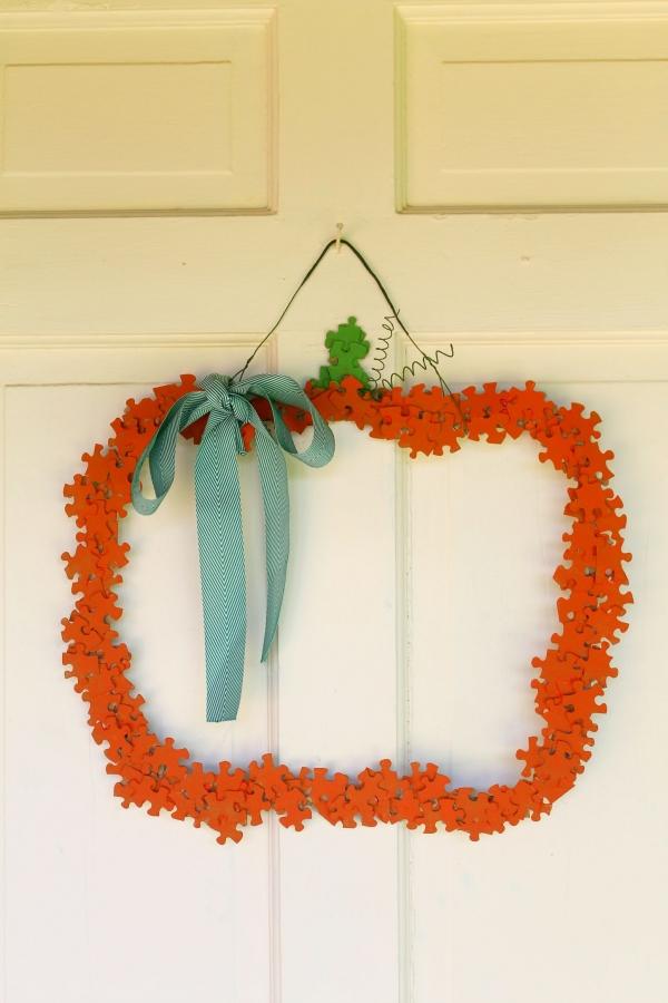 puzzle pumpkin wreath (1)