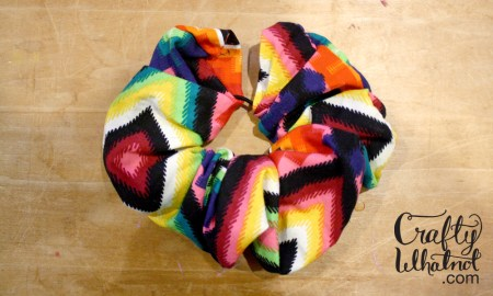 easy scrunchy tutorial | crafty whatnot.com