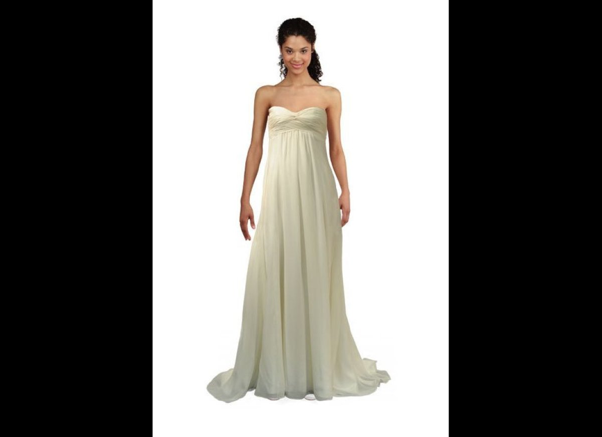 Perfect wedding dresses for petite figures crazyforus for Petite wedding dresses online