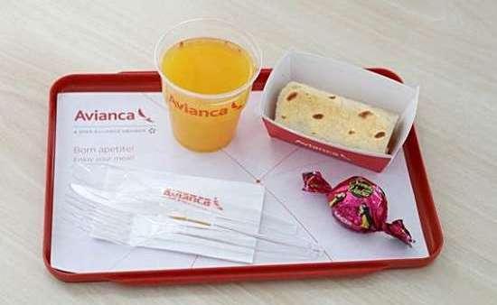 Cardápio de verão da companhia inclui bombons e bebidas variadas.