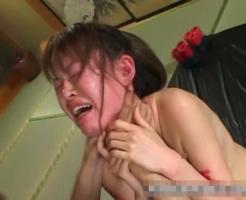 【ガチ拷問】観覧注意!首絞め&蝋燭のガチ拷問を受け号泣しながらも下はしっかり濡らすドM女www