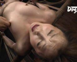 【緊縛調教動画】様々な拷問器具でもはや人間扱いされていない強烈な調教で号泣・・・