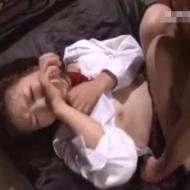 【ロリレイプ動画】女子高生に睡眠薬を飲まして拉致監禁して力づくでレイプする鬼畜教師・・・