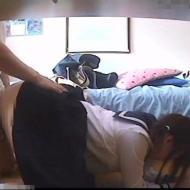 【□リレイプ動画】家庭教師の凶悪な犯行!中●生少女の生足に欲情し強引にチンコねじ込み中出しレイプ!