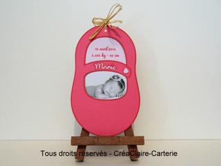 """Faire-part de naissance en forme de """"petit chausson"""" personnalisé avec photo et découpe - Ref : MOD-014"""
