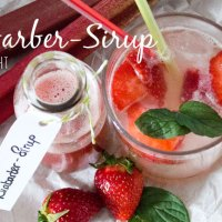 Gekocht: Rhabarber-Sirup