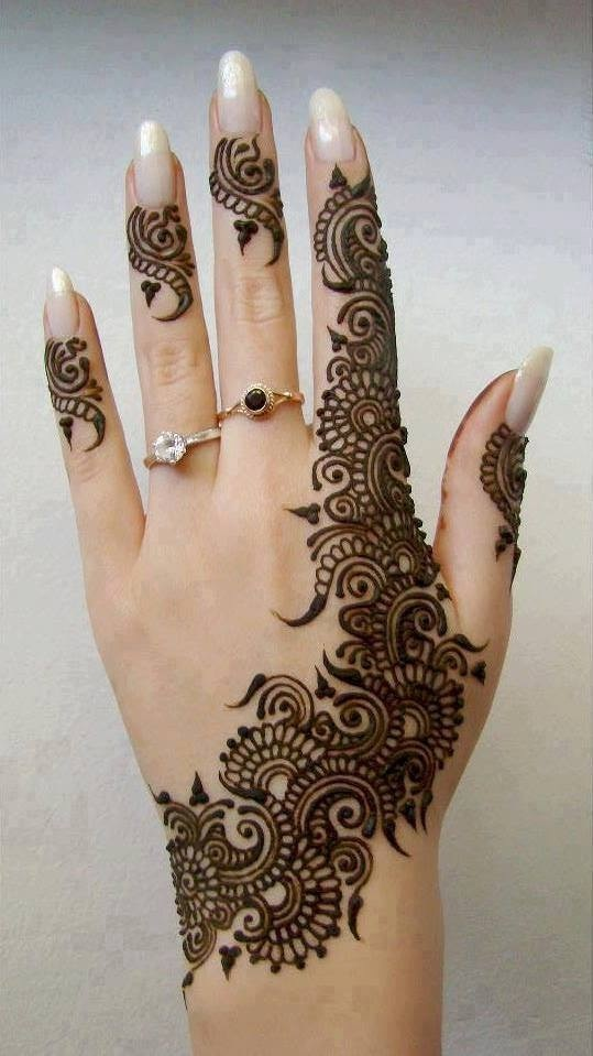 Mehndi Art Photos : Beautiful mehndi designs for eid day creativecollections