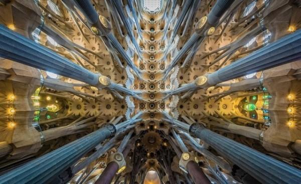 Sagrada-Familia-Perspectives7-640x393