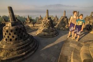 Bright sunshine heats up Yogyakarta and Borobrodur