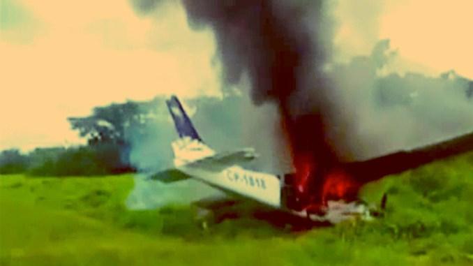 drugsvliegtuig peru neergeschoten, drugs vliegtuig video, drugs smokkel vliegtuig, crime nieuws video, drugs smokkel peru video