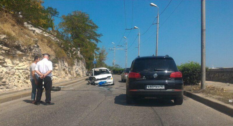 Шесть человек пострадали при столкновении 3-х авто вКрыму
