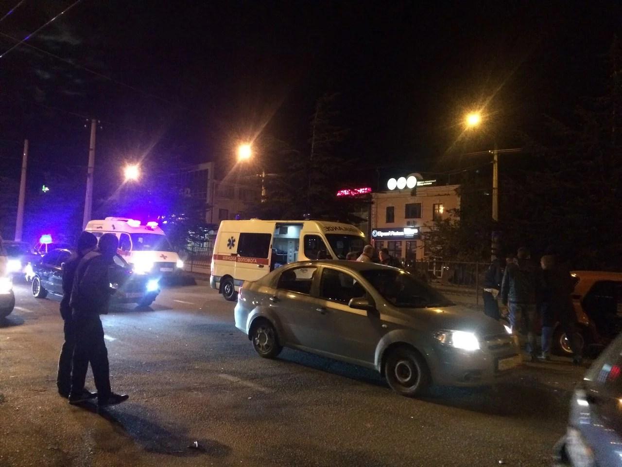 Полицейскую машину протаранил ВАЗ, есть пострадавшие— Авария вСимферополе