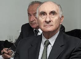 De la Rúa y De Santibañez están acusados en el juicio oral.