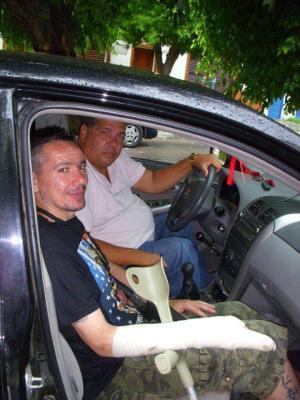 Andrade y Siri fueron heridos en actos de servicio.
