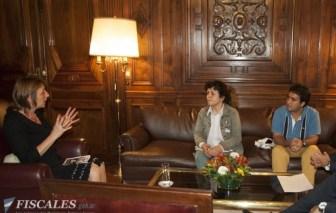 Gils Carbó recibió a los afmiliares de Alan Tapia.