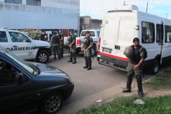Más de 2000 gendarmes tomaron parte de los allanamientos.