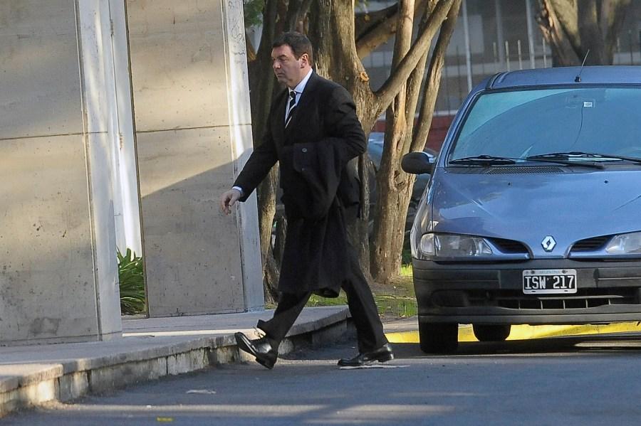 El juez Lijo camina tranquilo por ahora.