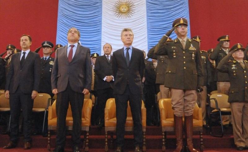 Macri le quiere dar otras tareas a las Fuerzas Armadas.