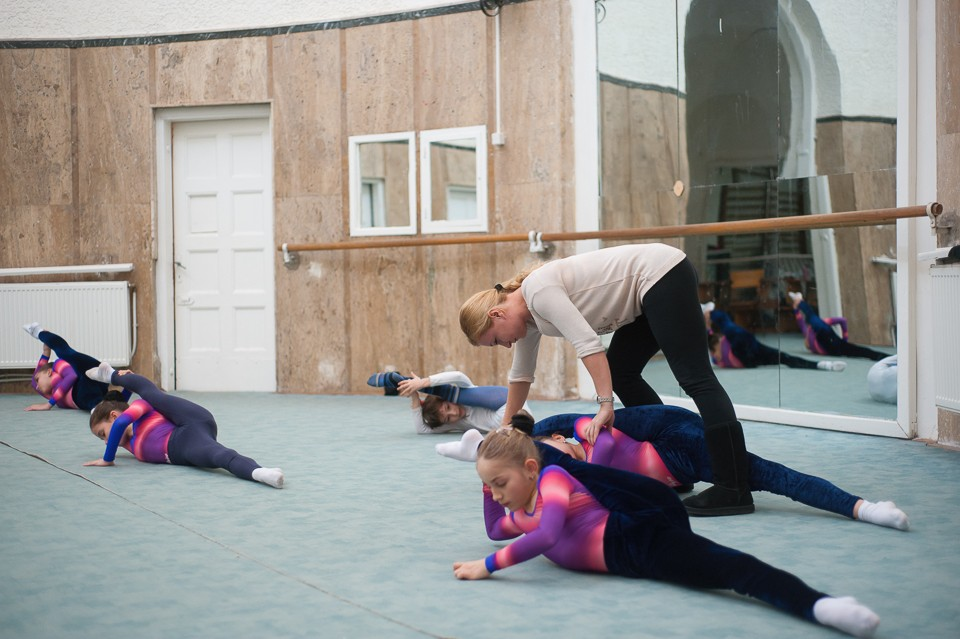 antrenament junioare gimnastica 6