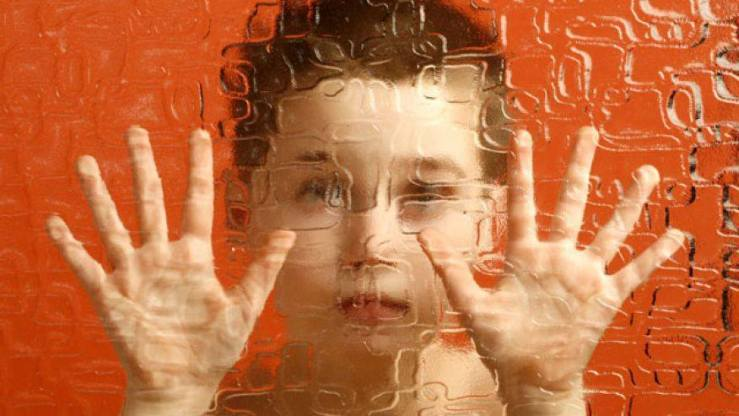 copil abuzat - salvati copiii romania