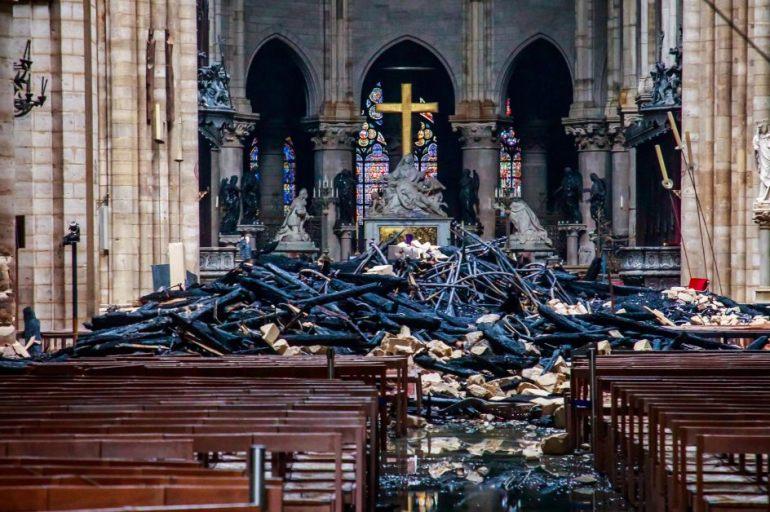 Notre Dame ruinas