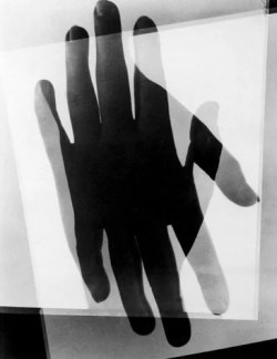 Man Ray - Hands