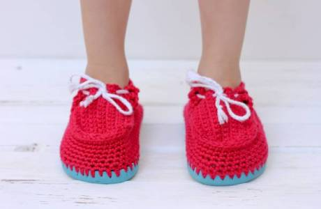 DIY Crochet Toddler Boat Shoes