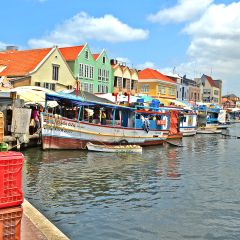 Travel Clips: The Caribbean Island of Curacao