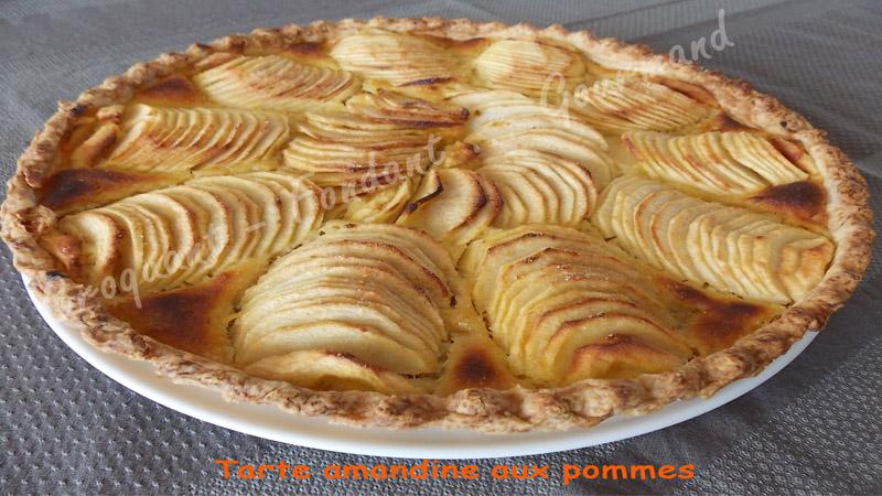Tarte amandine aux pommes.