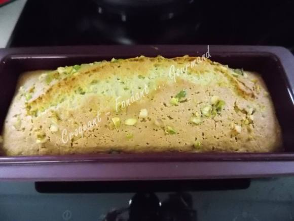Cake pistache sans gluten DSCN7214