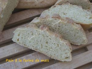 Pain à la farine de maïs IMG_5539_33575