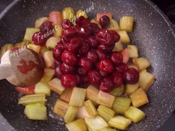 Crumb cake rhubarbe-griottes DSCN5932