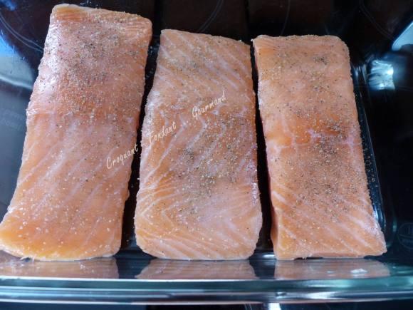 Saumon à l'aigre-douce, mangue et sauce curcuma P1020091
