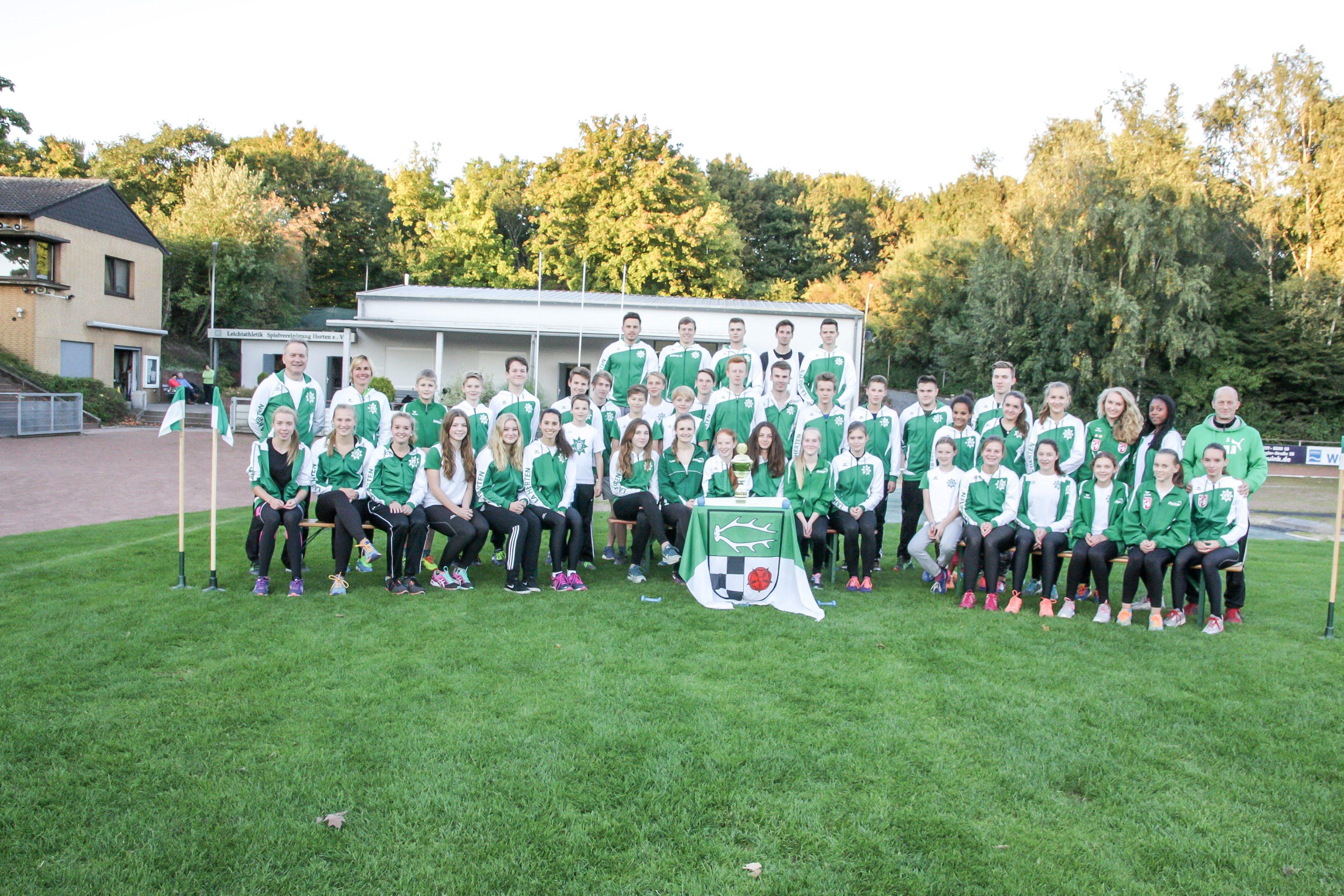 Leichtathletik Herten LA Spvgg. gewinnt Jugendliga erstmalig wieder nach 2009 05102015 Foto: Michael Steyski