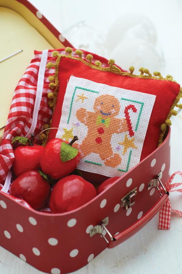 GingerbreadPillow