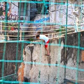 Im Moment ist das für die Kinder aus der Favela nahezu unerreichbar.