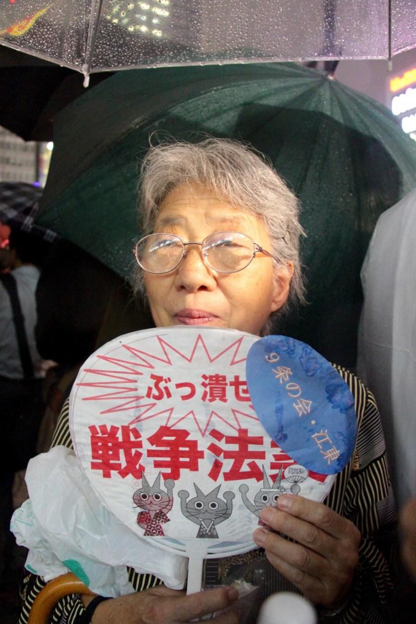 Demonstrantin2