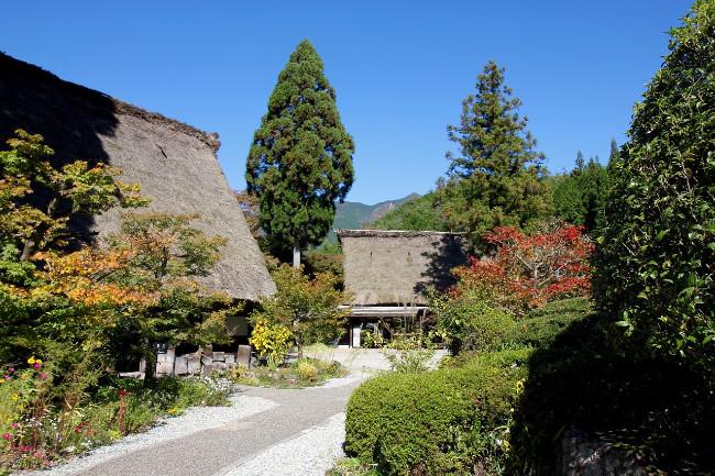 ryokan-japanese-inn-garden