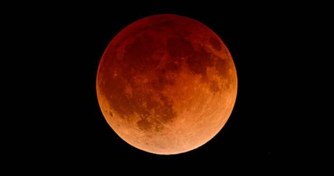moon_in_eclipse