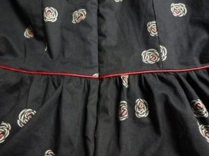 Piping and invisible zipper - Emery Dress - csews.com
