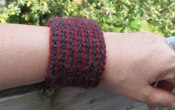 Cheong, Michele -Twined Knitting_700x525