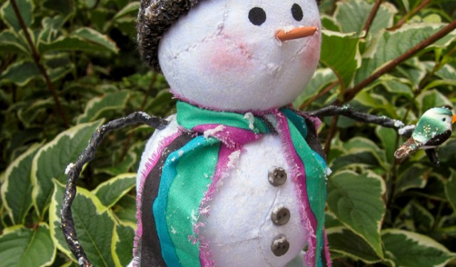 Devine, Nancy - Percy the EPP Snowman_700x933