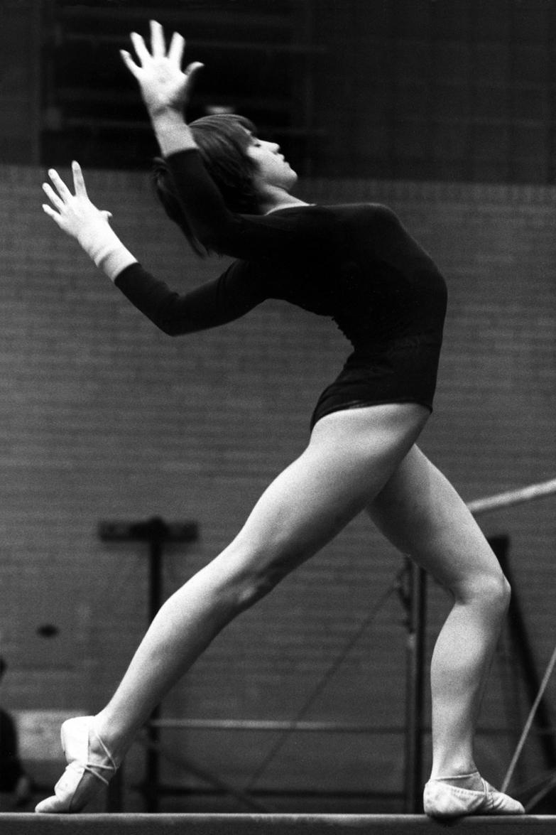 NADIA COMANECI Nadia-Comaneci-by-David-Gilvert-1977-cc-flic.krp2iTbf
