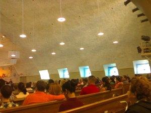 La iglesia-sinagoga por dentro