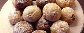Polpette dolci di pane e frutta secca
