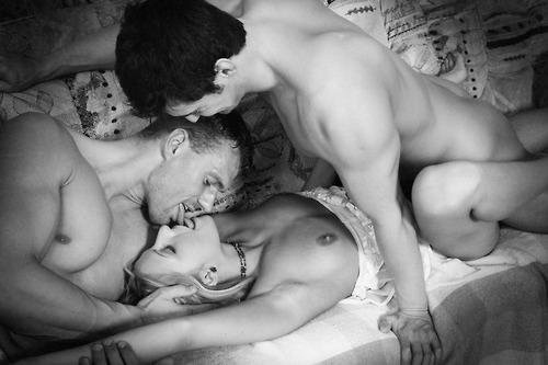 amateur mfm threesome